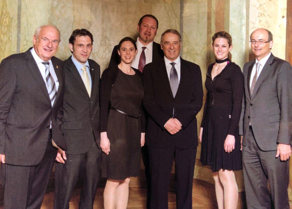 Mit Adolf Ogi - Botschafter von Interlaken - und Gemeinderat Interlaken 2013
